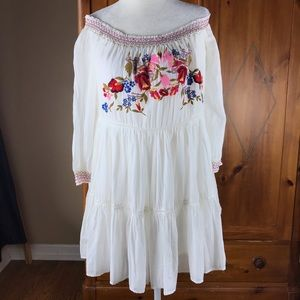 Free People embroidered dress SZ S new